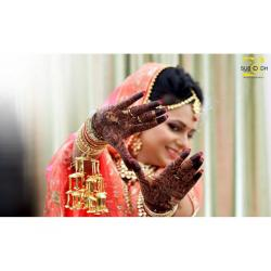 Hire a Best Photographers for your Weddings